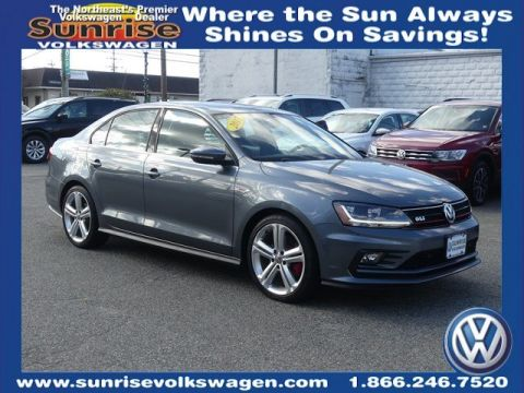 Certified Pre-Owned 2017 Volkswagen Jetta GLI With Navigation