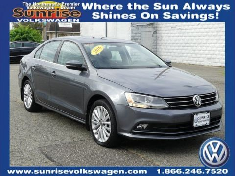 pre owned  volkswagen golf gti   hatchback  lynbrook  sunrise volkswagen